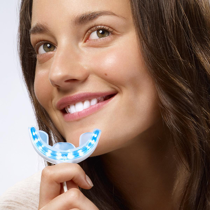 GLO Science has revolutionized the experience of teeth whitening.