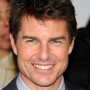 Image of Tom Cruise with his porcelain veneered teeth